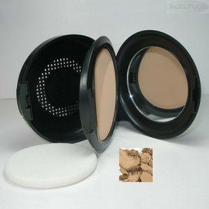 MAC studio fix powder foundation c5